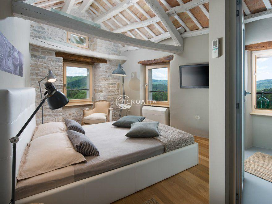 Stone holiday house in Istria