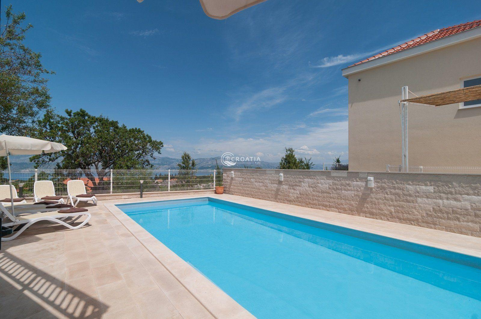 Two Villas for sale on island Brač
