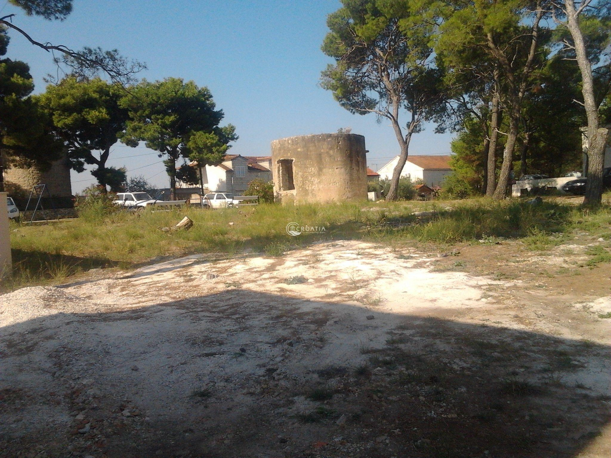 Building land in Milna on island Brač