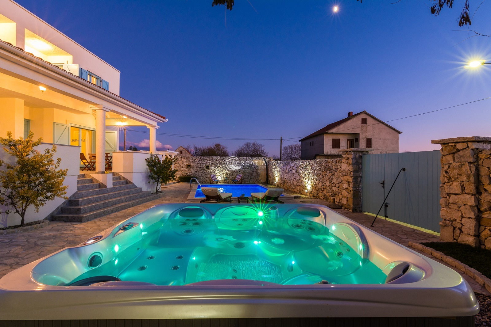 Holiday house with pool in Nin near Zadar