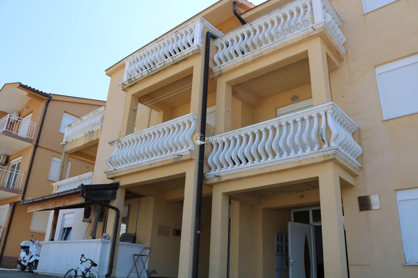 Квартиры в хорватии купить дом у моря в греции купить