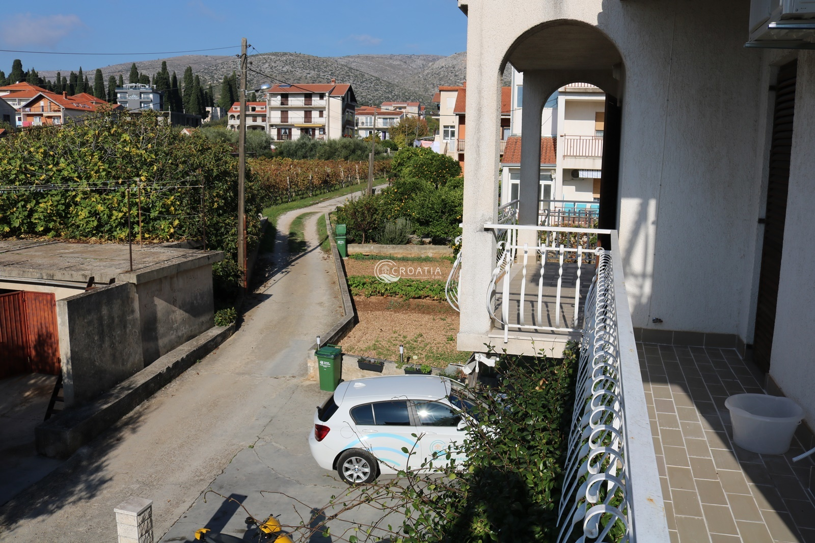 Family house in Trogir for sale